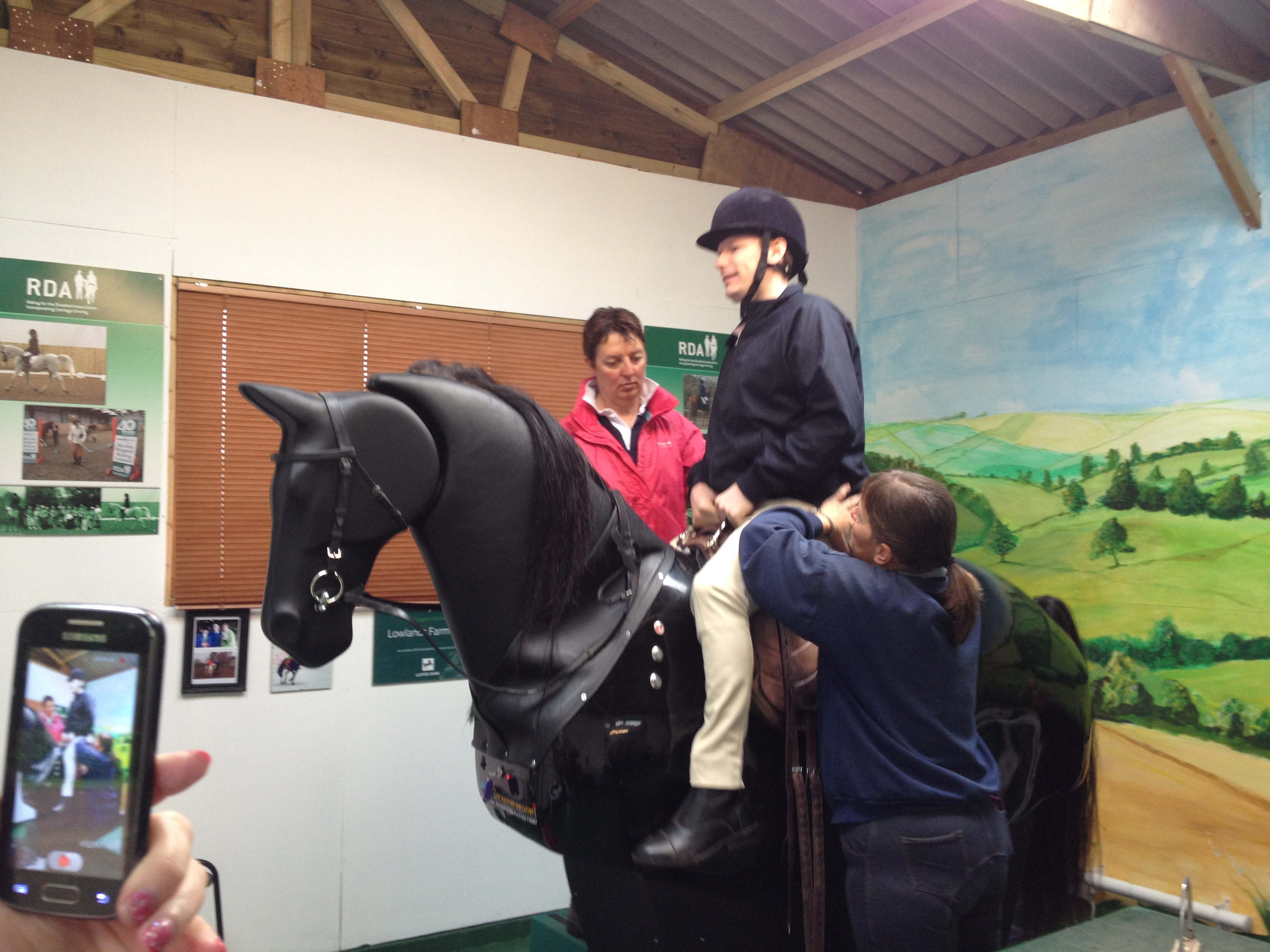 Post image for Charlie helps riders experience cantering!